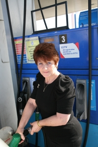 Beverley Bennett pumping petrol at the Tesco petrol station where the mistaken identity occurred